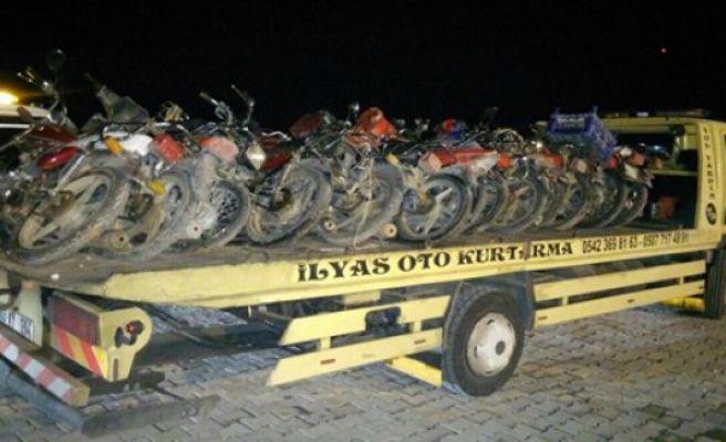Çalıntı motosikletler bulundu