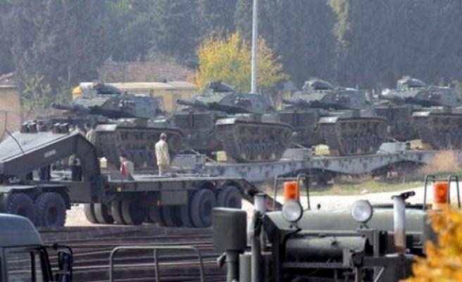 Rus uçağının düşürülmesinin ardından TSK harekete geçti, sınıra Tank sevkiyatı başladı!