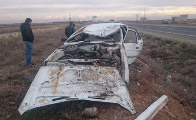 Akçakale yolunda kaza, 2 yaralı