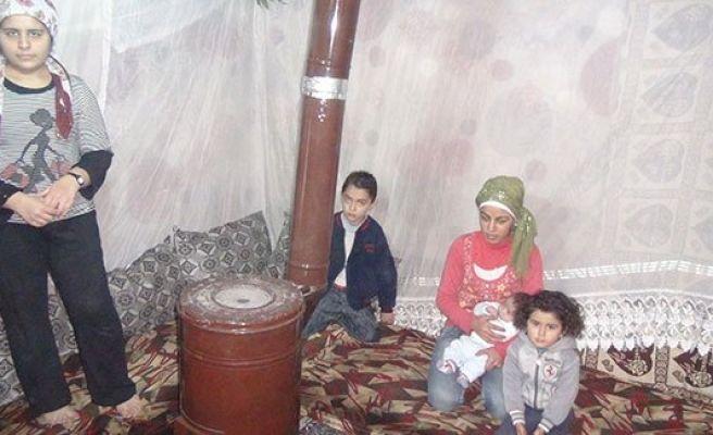 Viranşehir'de Suriyelilere yardım