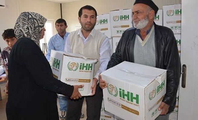 İHH'dan Suriyeli sığınmacılara yardım