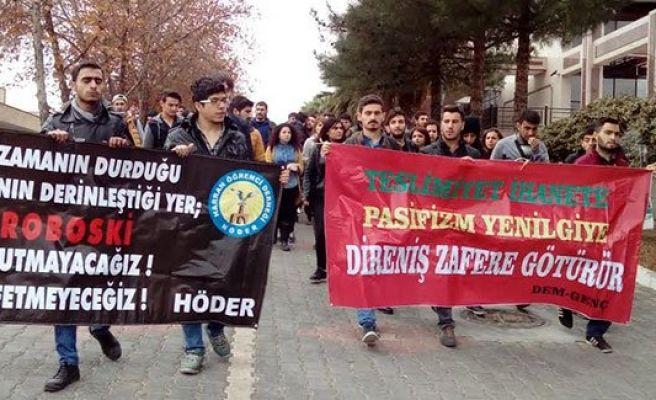 Urfa'da öğrencilerden Roboski eylemi
