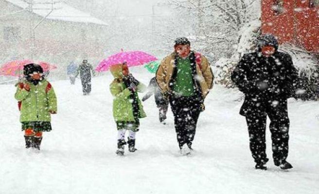 Şanlıurfa'da eğitime kar engelli