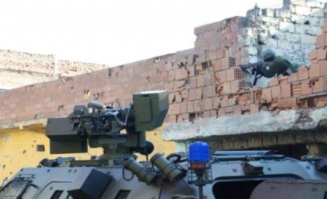 Sur'da patlama: 6 Asker Yaralı