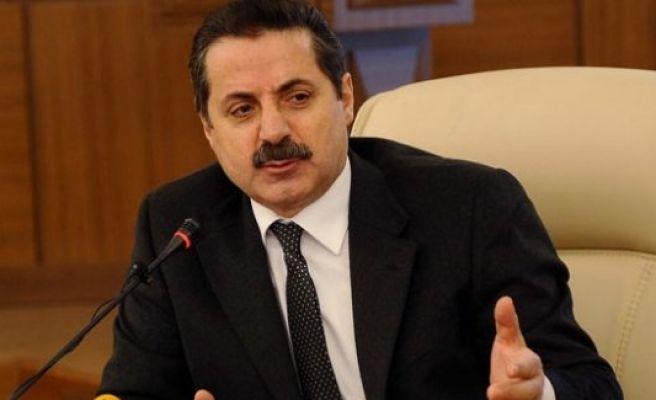 Bakan Çelik HDP'ye yüklendi