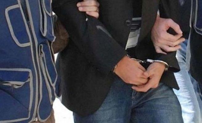 Urfa'da eczacı ve hastane görevlisi gözaltında
