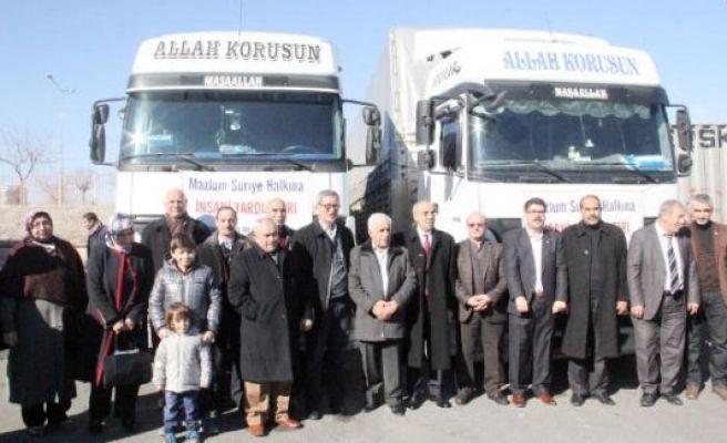 Şanlıurfa'dan Suriye'ye 2 TIR yardım