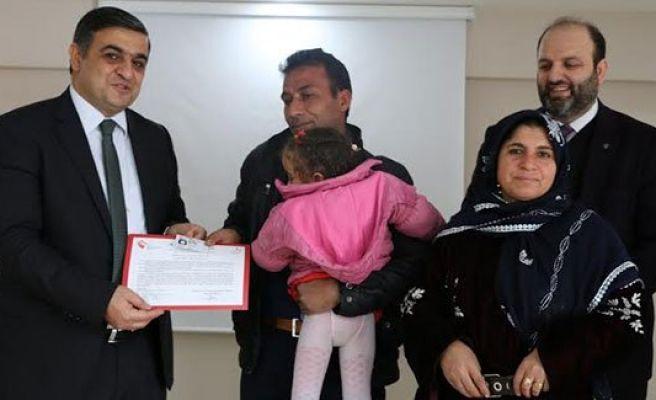 Koruyucu ailelere sertifika verildi
