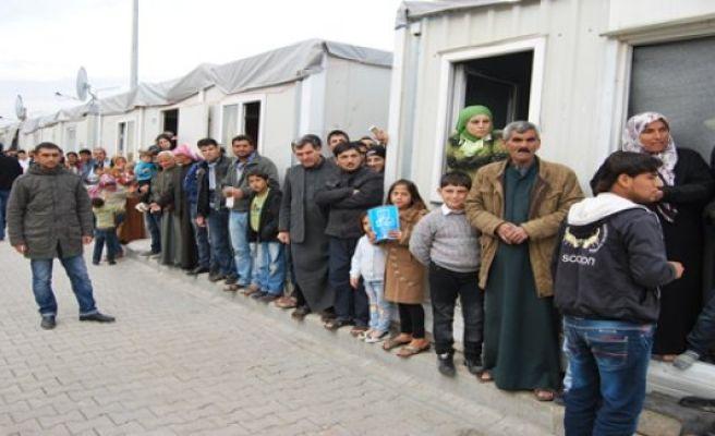 Çadır kentlerde 66 Suriyeli muhtar...