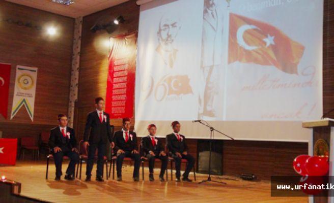 Urfa'da İstiklal marşı kabulü ve Mehmet Akif Ersoy 96. yılında anıldı
