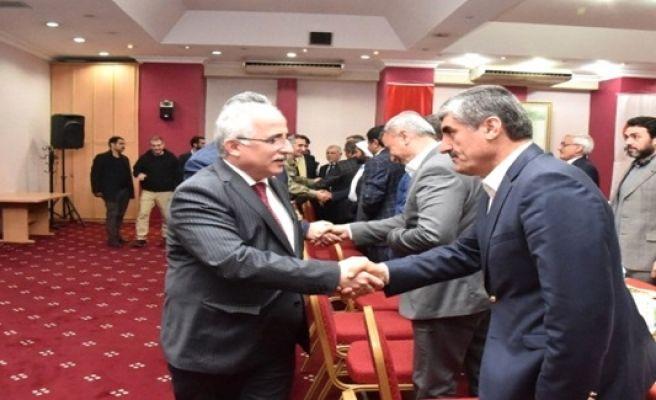 Şanlıurfa Valisi Güngör Azim Tuna Hilvan'lı Kanaat Önderleriyle Buluştu