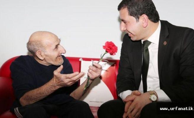Başkan Baydilli'den yaşlılara ziyaret