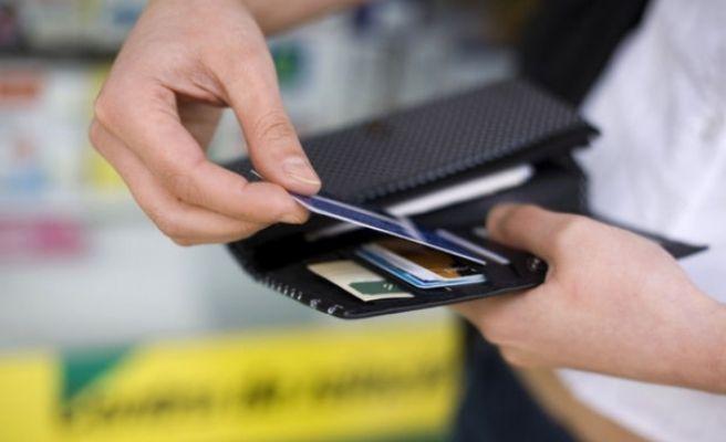 Kredi Kartı Borcu Takipte Olanların Sayısı Düşüyor