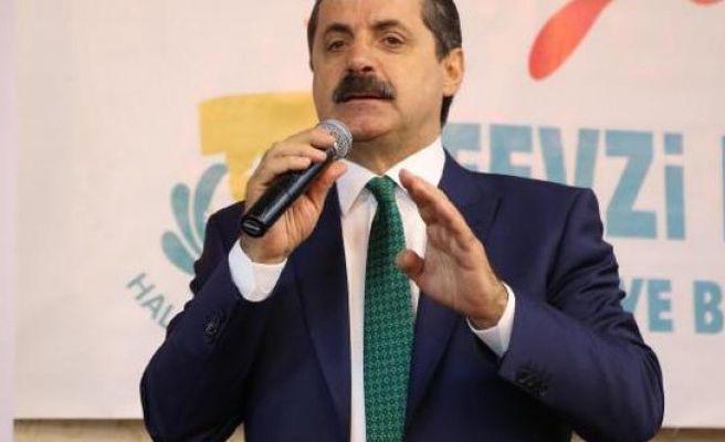 Şanlıurfa Bakan Çelik: Millet Mecbur Kalıyor, AK Parti'ye Oy Veriyor