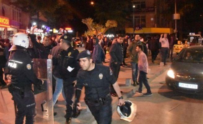 İstanbul ve İzmir'de Referandum Sonucu Protesto Edildi