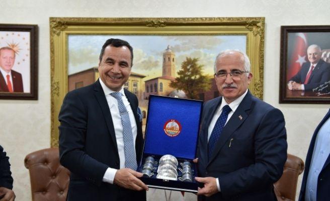 Vali Tuna Kuveyt İstanbul Konsolosunu Kabul Etti