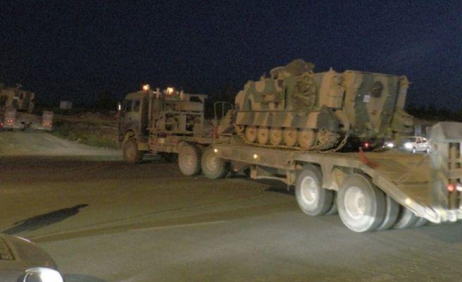 Şanlıurfa'ya Çok sayıda Zırhlı Araç Sevkiyatı Yapıldı