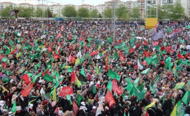 Diyarbakır'da Yüz Binler Bir Araya Geldi!