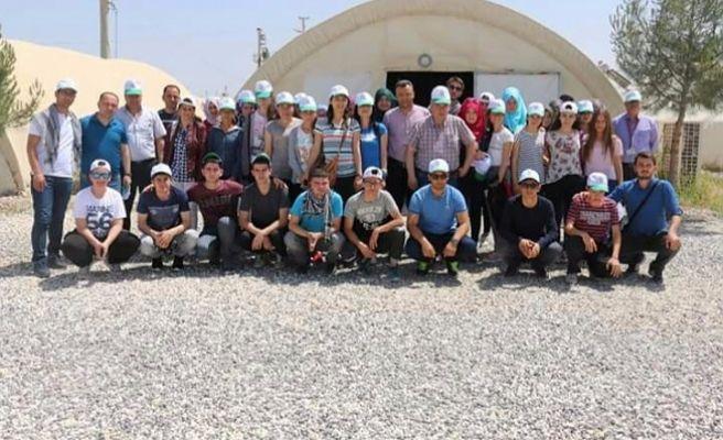 Balıkesirli Öğrenciler Suriye'nin  Sıfır Noktasında