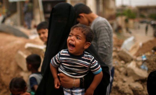 DEAŞ'lı 5 Canlı Bomba, Mülteci Kampında Kendini Patlattı