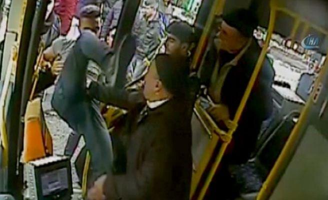 Otobüs Şoförüne Tekmeli Saldırı