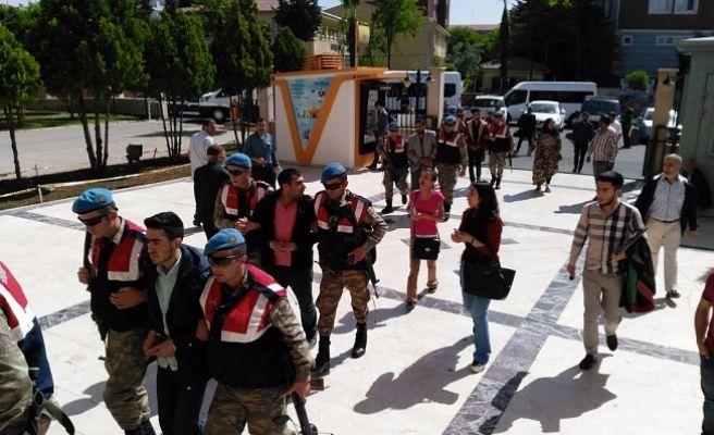 Şanlıurfa'da Terör Operasyonunda 12 Kişi Adliyeye Sevk Edildi