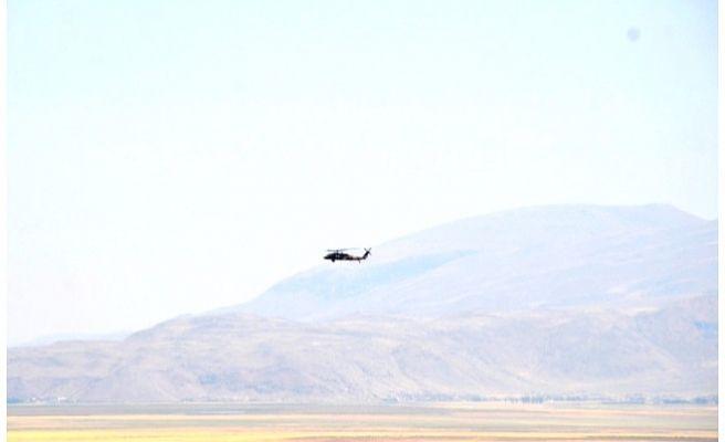 PKK'lılarla Çatışma Çıktı: Yaralı Askerler Var