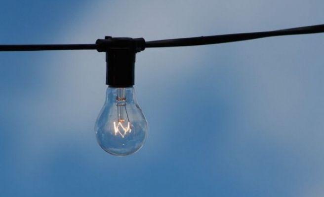 Elektrikte Serbest Tüketici Sayısı Mayıs'ta Azaldı
