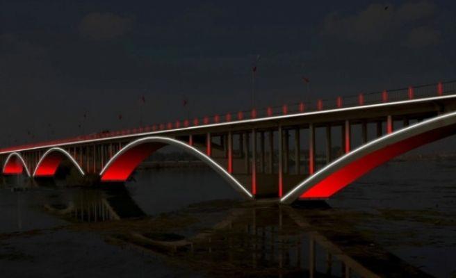 Birecik Köprüsü Işıl Işıl Olacak