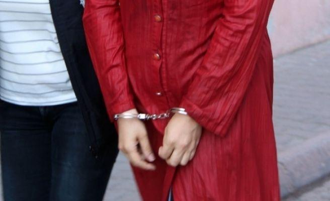 FETÖ'den 8 Kadın Öğretmen Tutuklandı