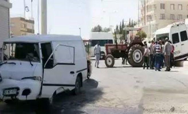 Akçakale'de Trafik Kazası 2 Ağır Yaralı