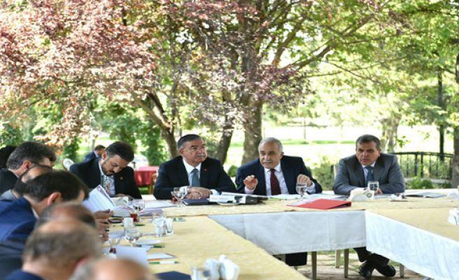Urfa'nın Eğitim Sorunu Masaya Yatırıldı