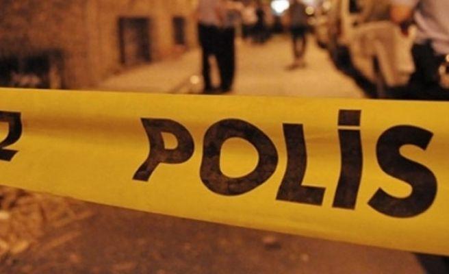 İki Gencin Kavgası İlçeyi Karıştırdı: 2'si Polis 3 Kişi Yaralı