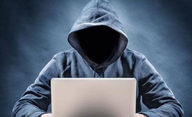 e-Devlet Kapısı'nda Hacker Şoku!