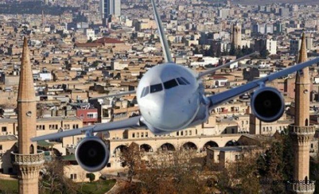 Uçak Seferleri Bayram Yoğunluğuna Yetmiyor