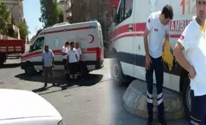 Urfa Şehitlik Mahallesinde  Ambulans Kaza Yaptı