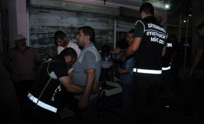 Diyarbakır'da 400 Polisle Uyuşturucu Operasyonu Yapıldı