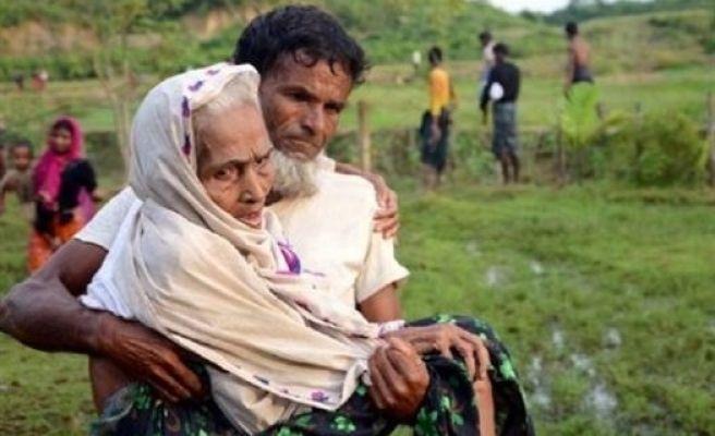 60 Bin Arakanlı Müslüman Bangladeş'e Geçti