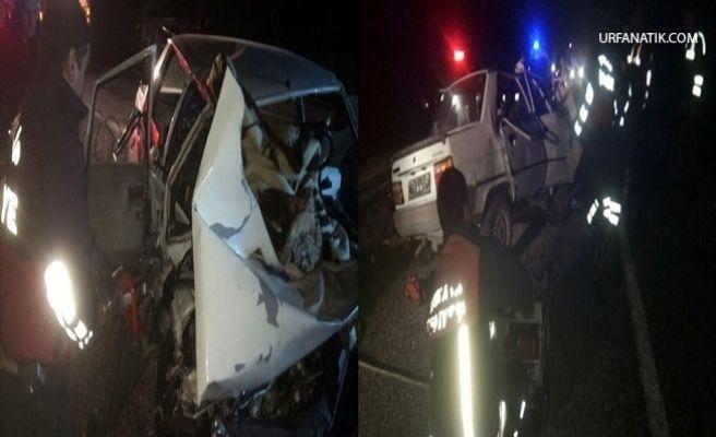 İki Otomobil Kafa Kafaya Çarpıştı: 3 Ölü, 1 Yaralı