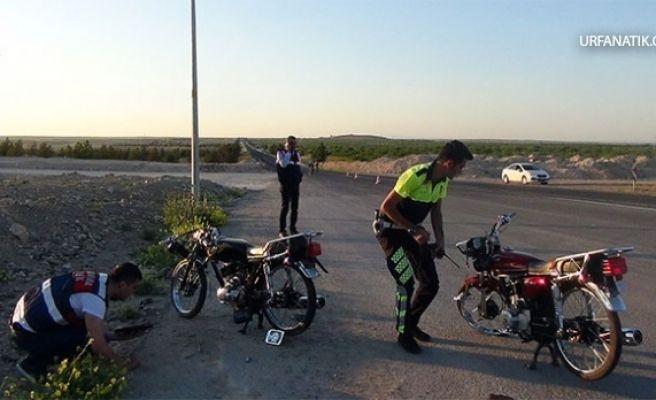 Motosikletler TIR'a Çarptı: 1 Ölü, 3 Yaralı