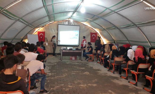 Jandarma'dan Suriyeli çocuklara trafik semineri