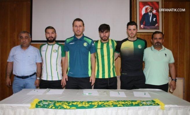 Şanlıurfaspor 4 Futbolcuya Birden İmzayı Attı