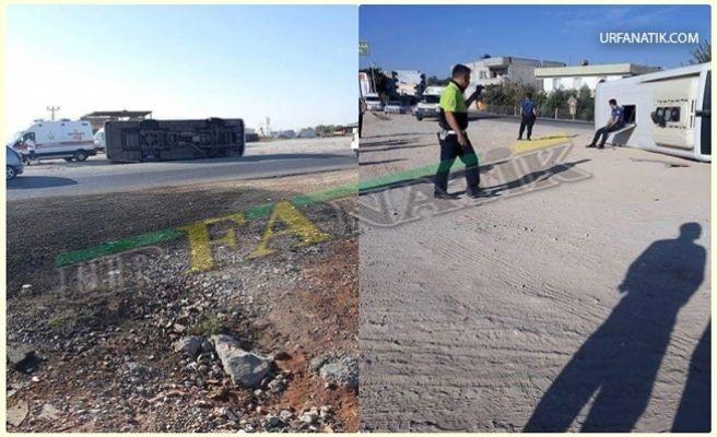 Şanlıurfa'da Polis Minibüsü Devrildi: 10 Yaralı