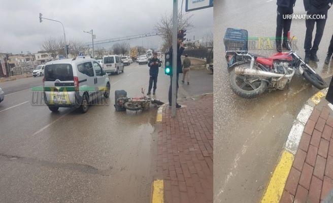 Şanlıurfa'da Kamyon Motosiklete çarptı 1 Yaralı