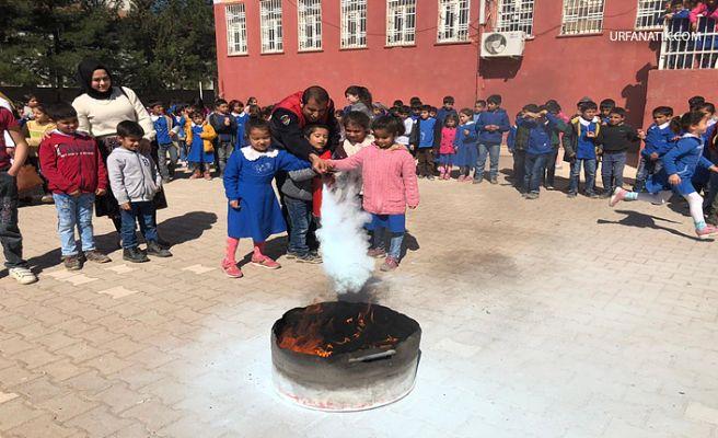 Urfa'da Öğrencilere Yönelik Yangın Tatbikatı Yapıldı
