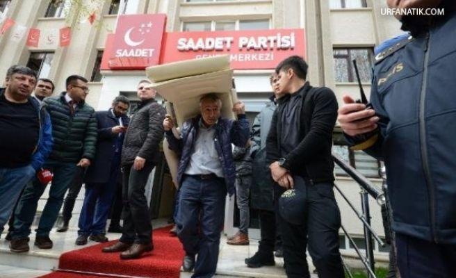 SP Genel Merkez Binasına Haciz Geldi Bina Boşaltıldı