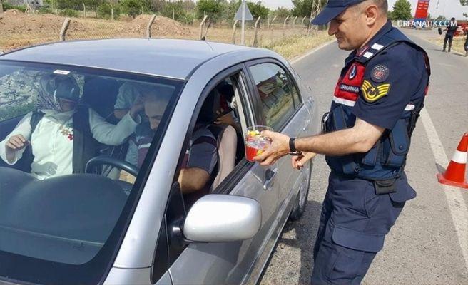 Şanlıurfa'da Jandarmadan Ceza Yerine Şeker