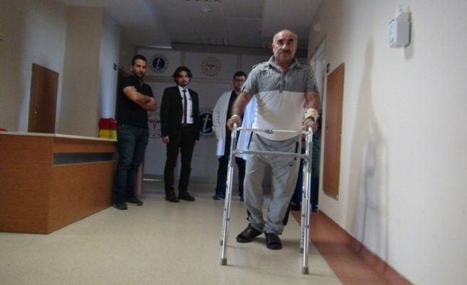 Yatalak hasta, başarılı ameliyat sonrası yürümeye başladı