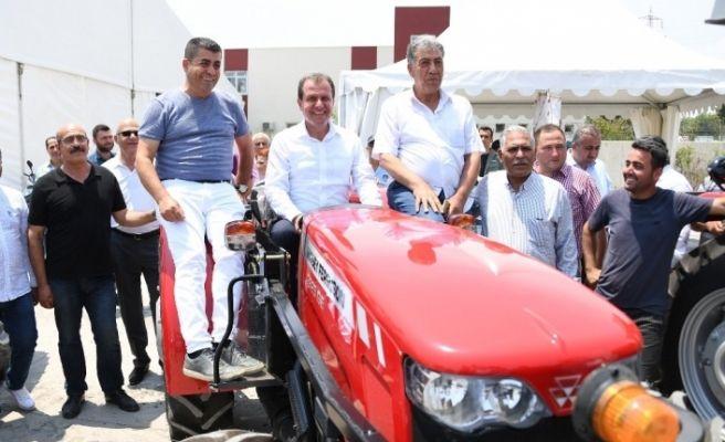 """Seçer: """"Büyükşehir olarak hal esnafına ve üreticilere gerekli desteği vereceğiz"""""""