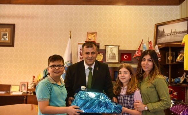 Taşköprü Belediyesinin başlattığı kampanyada 250 kg pil toplandı